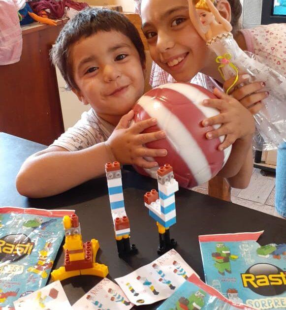 Angelo Calcaterra   Festejamos el Día de Reyes con Los Niños Luz y Esperanza