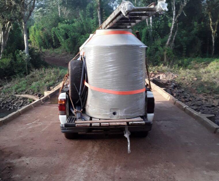 Angelo Calcaterra | Presencia de donación de materiales para la aldea Monte Virgen, Misiones