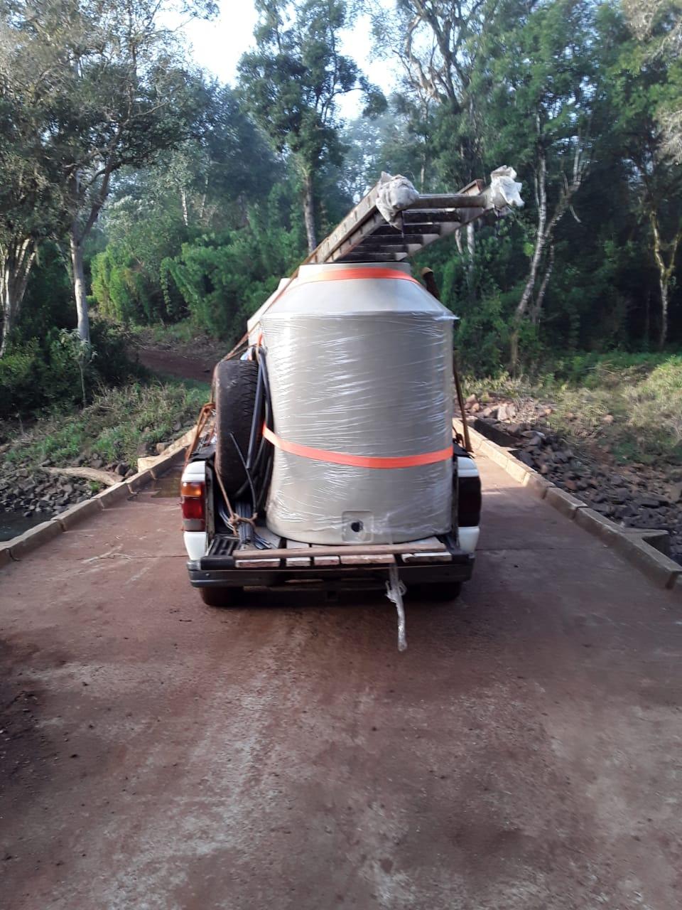 Angelo Calcaterra   Presencia de donación de materiales para la aldea Monte Virgen, Misiones